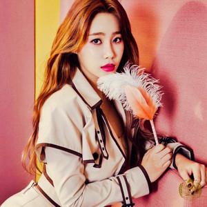 AOA Excuse Me - Yuna