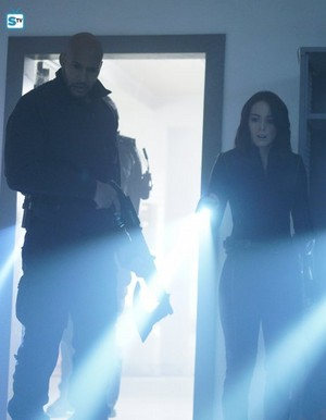 Agents of S.H.I.E.L.D. - Episode 4.14 - The Man Behind the Shield - Promo Pics