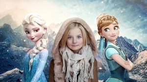Agniya Barskaya Frozen Anna Elsa disney Child Model ParisPic