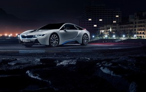 bmw i8 (white color, side view, night)