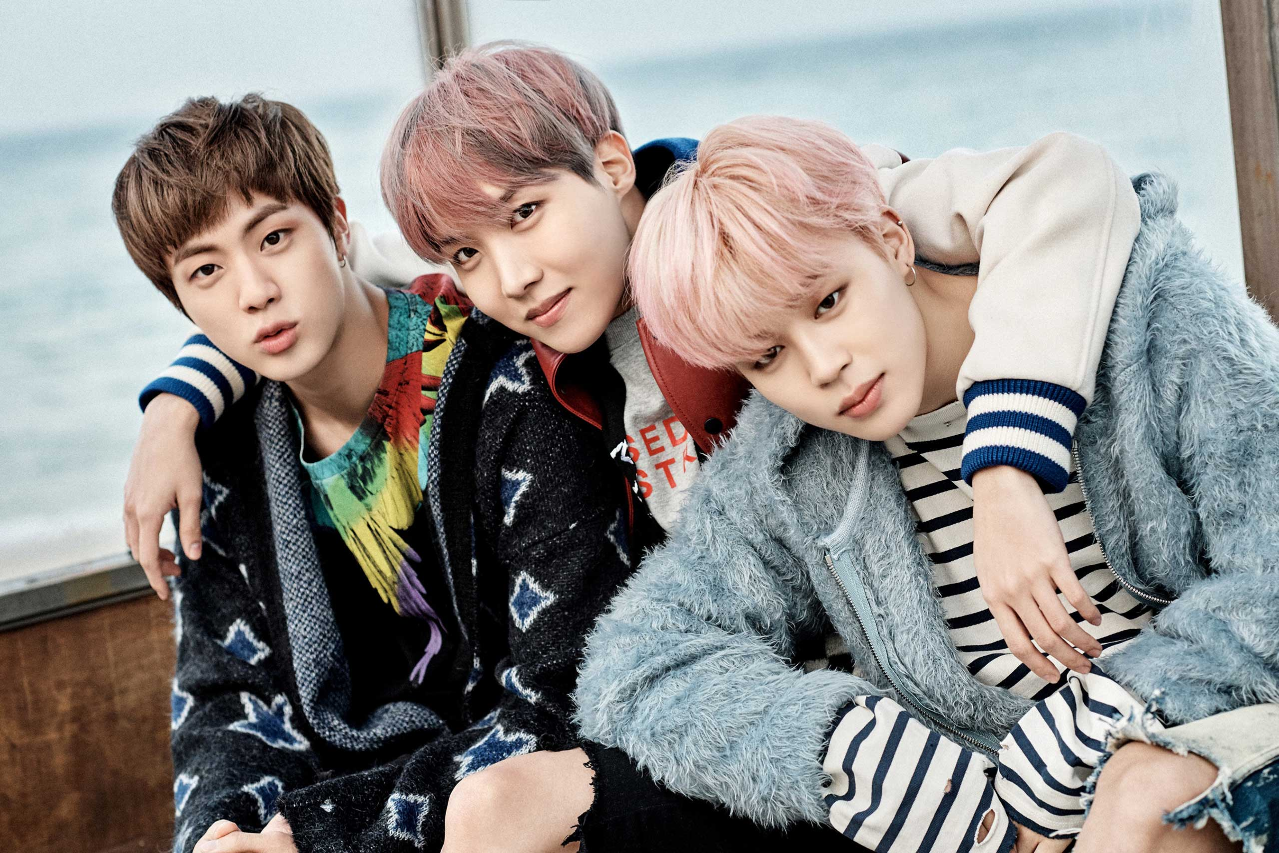 "BTS In New Concept foto's For ""You Never Walk Alone"""