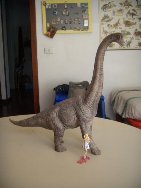 Barbie e il brachiosauro