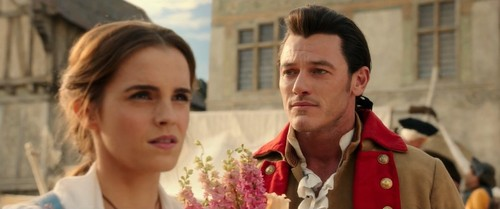 Beauty and the Beast (2017) fond d'écran entitled Belle and Gaston