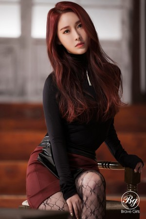 Храбрая сердцем Girls 4th Mini Album [Rollin'] Individual Image Minyoung Hayun Teaser