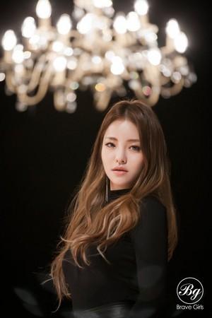 Храбрая сердцем Girls 4th Mini Album [Rollin'] Individual Image Yujeong Hayun Teaser