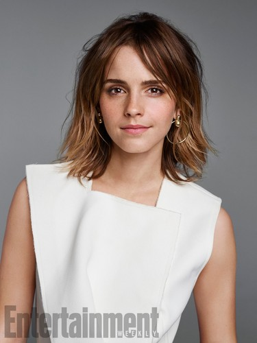 Emma-Watson-covers-Entertainment-Weekly-