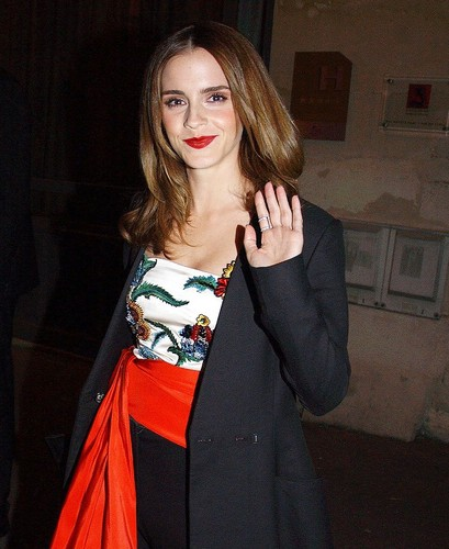 Emma Watson Images Emma Watson Heads For Dinner With Co
