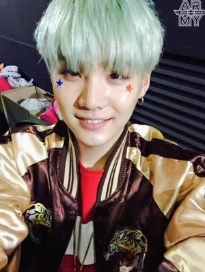 Happy Birthday Suga !!!💋 ❤