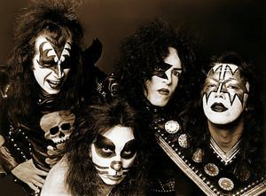 baciare (NYC) April 30, 1974
