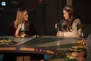 Legends of Tomorrow - Episode 2.12 - Camelot 3000 - Promo Pics