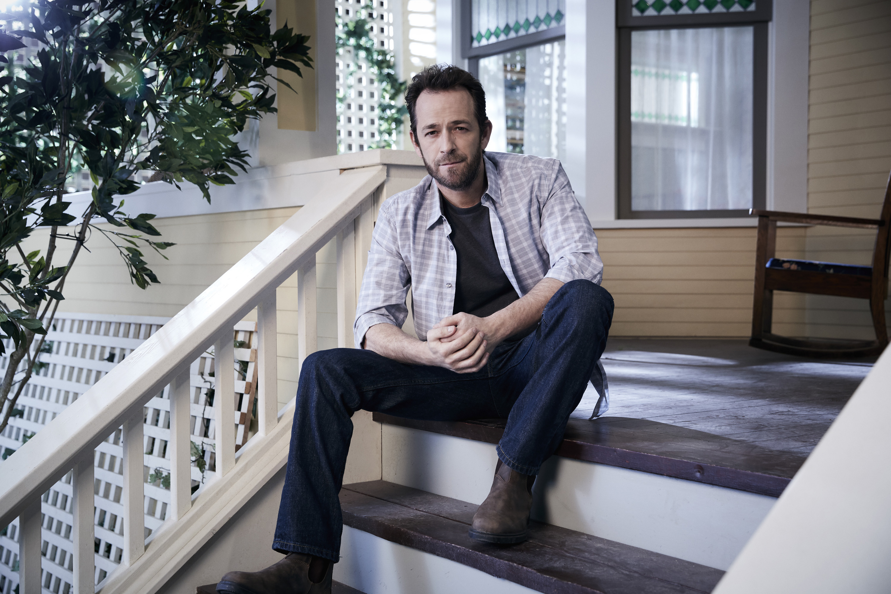 Luke Perry as Fred Andrews