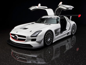 Mercedes-Benz SLS AMG (White)