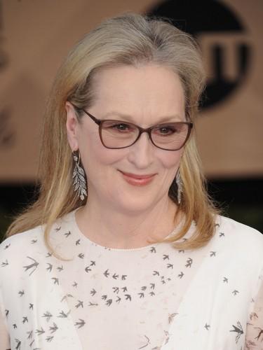 Meryl Streep wallpaper entitled Meryl Streep (2017)