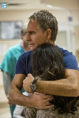 NCIS: New Orleans - Episode 3.01 - Aftershocks - Promotional mga litrato