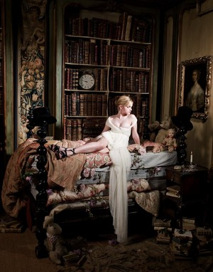 New outtakes of Emma Watson oleh Lorenzo Agius in 2009
