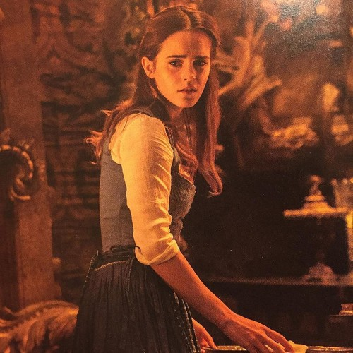 Beauty and the Beast (2017) fond d'écran titled New pictures of Belle