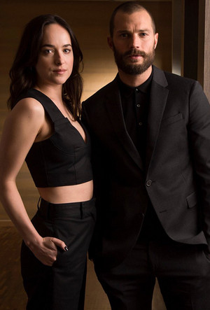 New pictures of Dakota Johnson and Jamie Dornan from USA Today (2017).