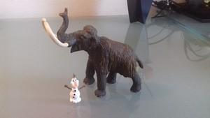 Olaf e il mammut lanoso