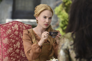 """Reign """"Playing With Fire"""" (4x04) promotional picture"""