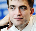 Robert at press conference for The Lost City of Z - robert-pattinson photo