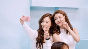 SNSD for CASIO