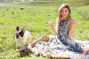 Sarah Hyland - Seventeen Photoshoot - May 2015