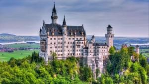 Schloss Neuschwanstein im Sommer