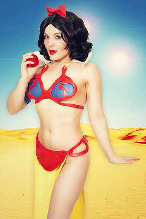 Snow white as princess leia