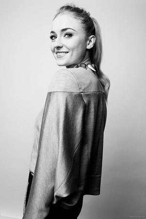 Sophie Turner at BAFTA Tea Party shoot