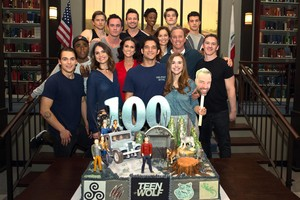 Teen loup cast celebrates filming 100th — and final — episode