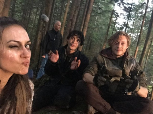 The 100 Behind The Scenes
