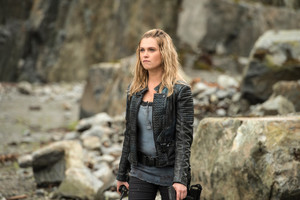 "The 100 ""The Tinder Box"" (4x05) promotional picture"