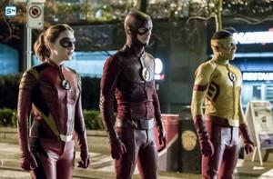The Flash - Episode 3.14 - Attack on Central City - Promo Pics