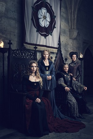 The White Princess reyna and Princess Elizabeth, Henry VII and Margaret Beaufort Official Picture
