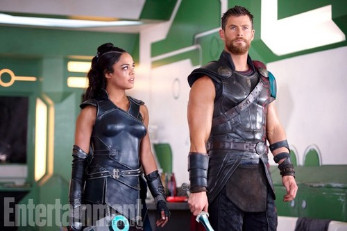 Thor: Ragnarok Hintergrund entitled Thor: Ragnarok - Exclusive First Look Fotos