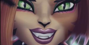 Toralei close face