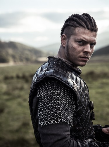 Vikings (TV Series) karatasi la kupamba ukuta called Vikings Ivar Season 4 Official Picture