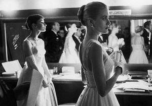 Audrey Hepburn and Grace Kelly at The Oscars 1956