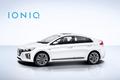 Hyundai Ioniq Hybrid side 1