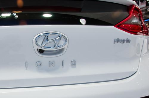 Hyundai Ioniq Plug-In Hybrid PHEV wallpaper entitled Hyundai Ioniq Plug In rear badge