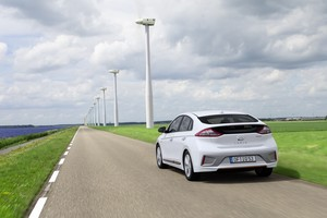 Hyundai IONIQ Electric rear end