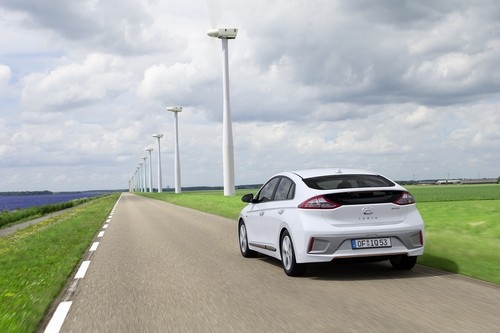 Ioniq EV wallpaper entitled Hyundai IONIQ Electric rear end
