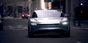 Lucid Air luxury sport autonomous electric sedan Lucid Air San Francisco driving