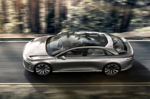 Lucid Motors Air top view glass roof in motion