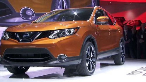 Nissan Rogue Sport wallpaper called 2017 Nissan Rogue Sport Premiere at 2017 NAIAS