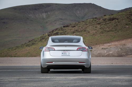Tesla Model 3 60D AWD wallpaper entitled rear 2018 Tesla Model 3 60D AWD electric sport luxury sedan