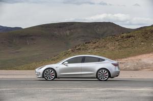side profile 2018 Tesla Model 3 60D AWD electric sport luxury sedan