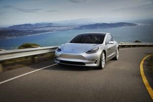 silver California coastline 2018 Tesla Model 3 70D AWD electric sport sedan