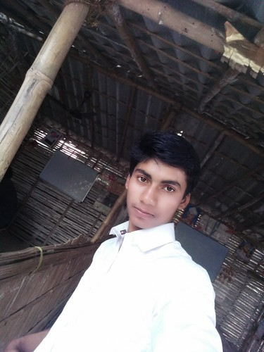 Divya Bharti Hintergrund called vijendra yadav