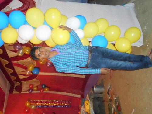 Divya Bharti fond d'écran called vijendra yadav